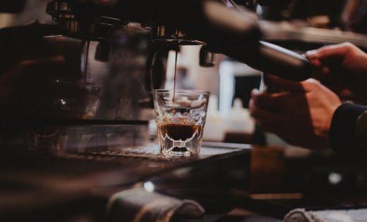 Professionelle Zubereitung von Kaffee